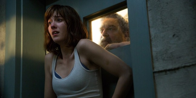 Mary-Elizabeth-Winstead-John-Goodman-10-Cloverfield-Lane